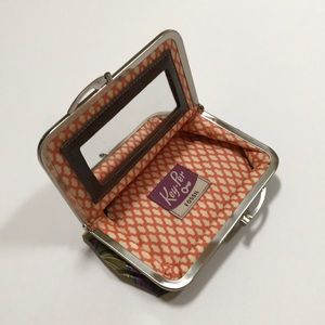 Vintage fossil Key-Per cosmetic bag with mirror